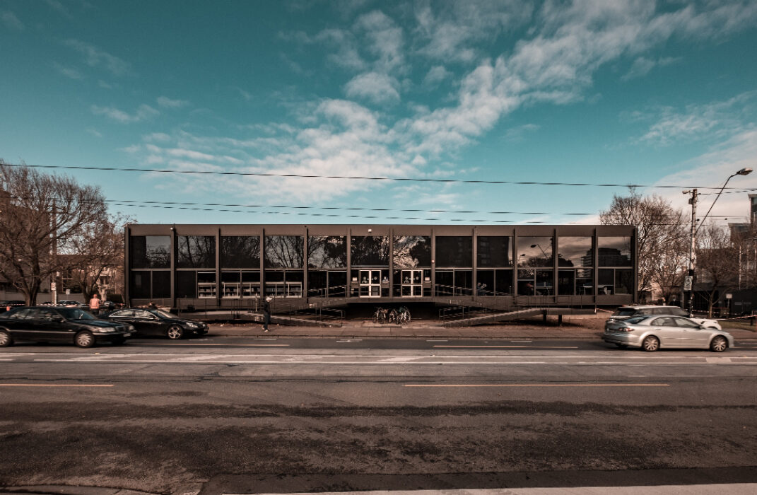 Toorak LIbrary, Melbourne - arch: Yuncken Freeman (1972) | ph: Federico Passi©2016
